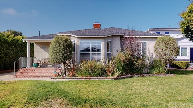 7525 Dunfield Ave, Westchester, CA 90045