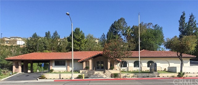 1441 N Brea Boulevard, Fullerton CA: http://media.crmls.org/medias/971c276b-9548-44fb-8447-21f3f11ce9c8.jpg