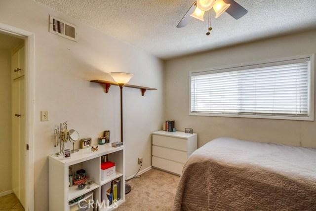 12682 Poplar Street, Garden Grove CA: http://media.crmls.org/medias/9724b629-482f-4b77-81d7-98978095291b.jpg