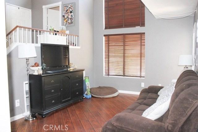 752 View Lane, Corona CA: http://media.crmls.org/medias/97252f3e-6c21-47d9-a77f-a0b20c31ea4f.jpg