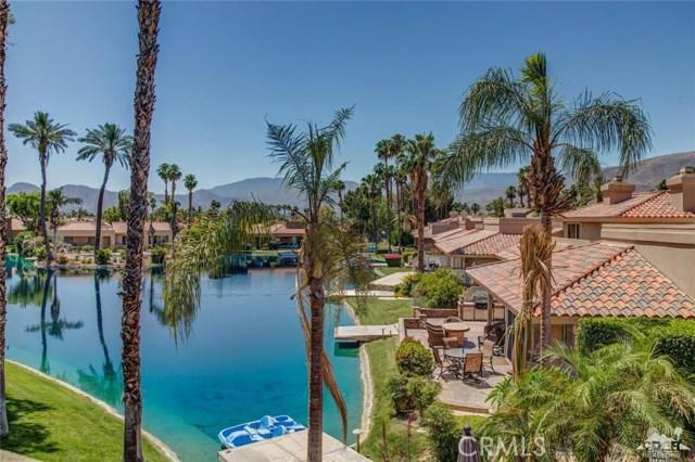 186 Desert Lakes Drive, Rancho Mirage CA: http://media.crmls.org/medias/9726daf7-daf6-419f-ae9f-7b281bd760aa.jpg