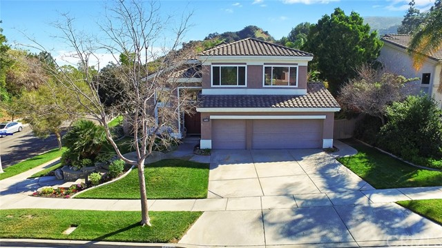 Photo of home for sale at 1485 San Clemente Circle, Corona CA
