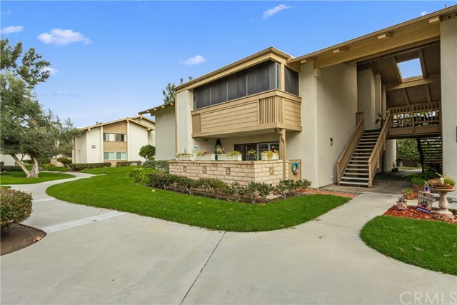 8888  Lauderdale Court, Huntington Beach, California