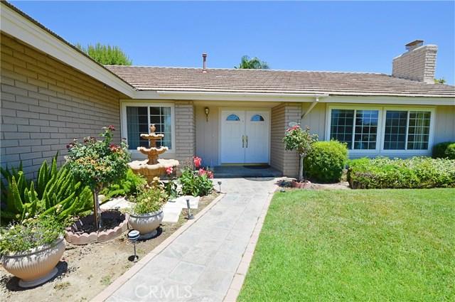 2062 N Palm Avenue, Upland CA: http://media.crmls.org/medias/974f5a78-8a9a-4d98-acba-509ffe096c32.jpg