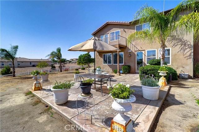 17197 Birch Hill Road, Riverside CA: http://media.crmls.org/medias/975051e3-aae1-47eb-ab20-35c15fef1e18.jpg