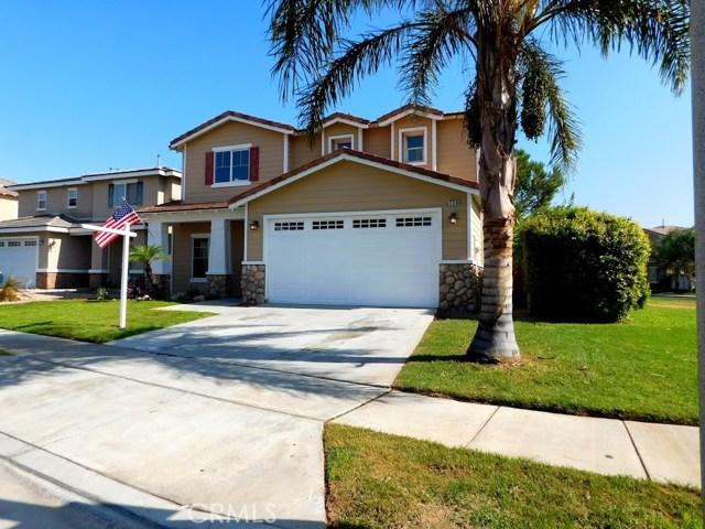 724 W Margarita Street, Rialto CA: http://media.crmls.org/medias/9750759d-384d-4d33-afd4-fb352a203840.jpg