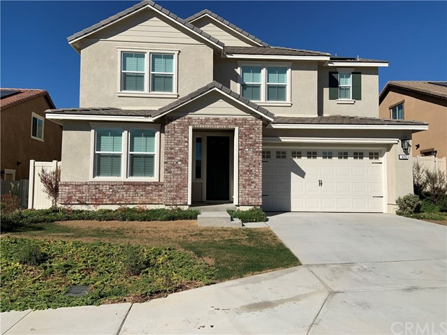 Detail Gallery Image 1 of 11 For 428 Galician Ct, Fallbrook,  CA 92028 - 4 Beds | 3/1 Baths