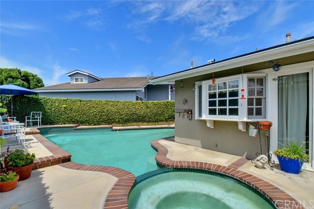 3541 Jasmin Circle Seal Beach, CA 90740 - MLS #: PW18128196