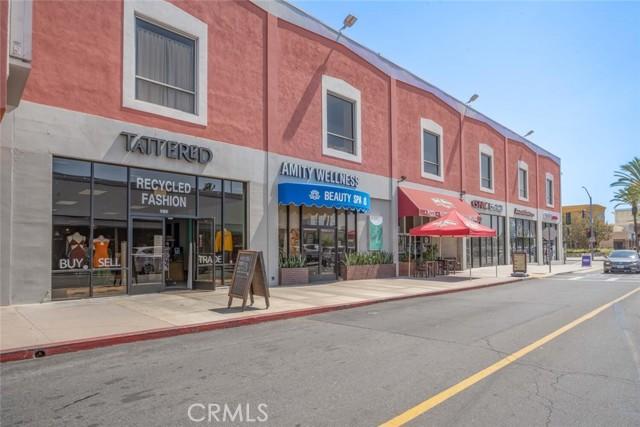 5917 E Wentworth Street, Long Beach CA: http://media.crmls.org/medias/978a5208-b404-4579-a6c8-de9f9d52e883.jpg