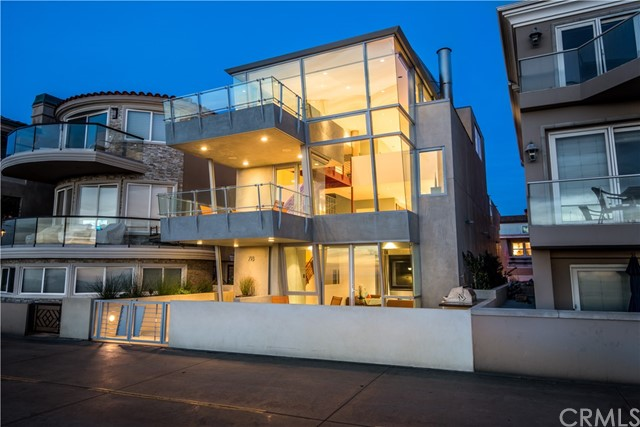 Single Family Home for Sale at 718 The Strand Hermosa Beach, California 90254 United States