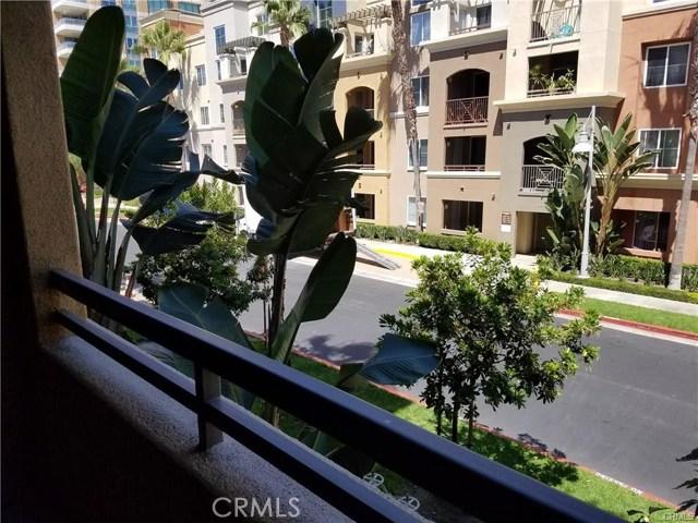 2210 Scholarship, Irvine CA: http://media.crmls.org/medias/978cd266-772f-4e6c-8231-d01aad6e4b7a.jpg