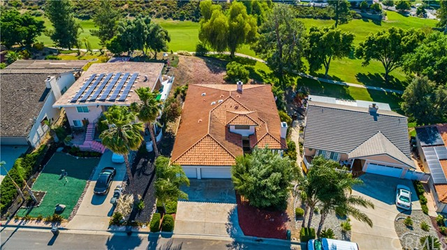 31210 Emperor Drive, Canyon Lake CA: http://media.crmls.org/medias/979c52a5-3826-425f-9509-b30219083e9c.jpg