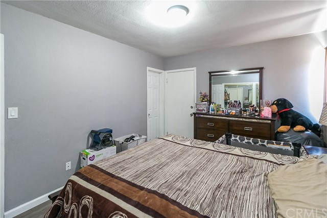 1635 Mcwethy Street, Fontana CA: http://media.crmls.org/medias/97a7d0da-9764-446a-8077-24a61a5d8bf2.jpg