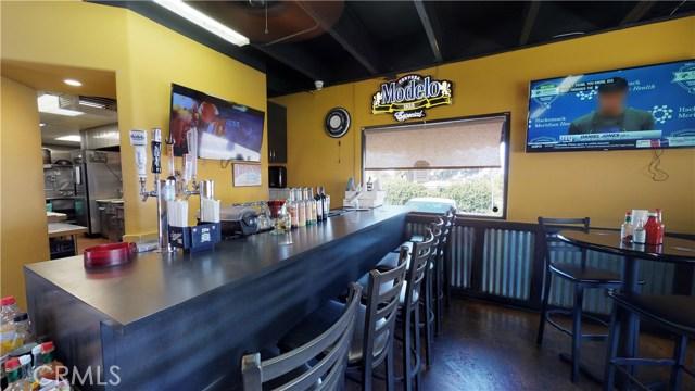 12824 Hadley Street, Whittier CA: http://media.crmls.org/medias/97a90fed-f801-4026-9fb6-a3200f9a5812.jpg