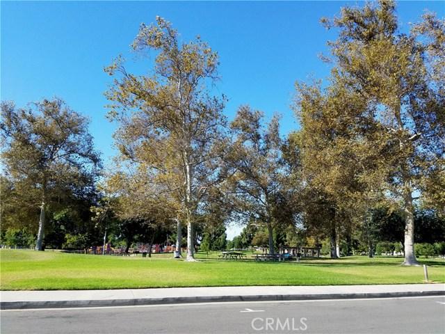632 S Lassen Ct, Anaheim, CA 92804 Photo 2
