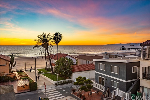 Photo of 124 6th Street, Manhattan Beach, CA 90266