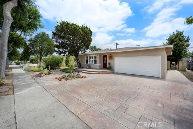 1004 Nutwood Avenue, Fullerton CA: http://media.crmls.org/medias/97c72902-287e-42fa-8a16-f4d1c5fdad7c.jpg