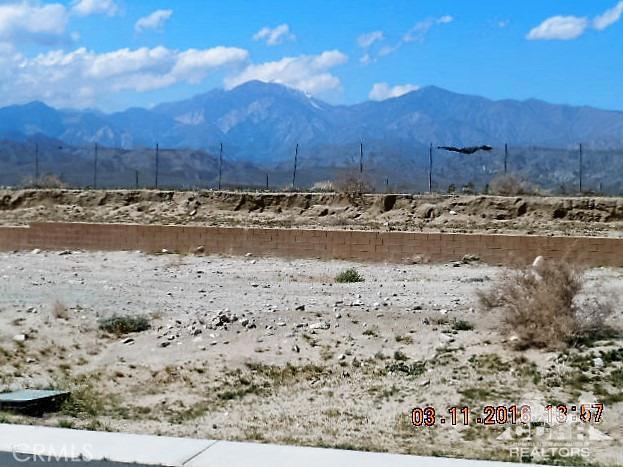 0 Bald Eagle Lane, Desert Hot Springs CA: http://media.crmls.org/medias/97cafd1d-a60c-4228-8df8-bb8098eb57af.jpg