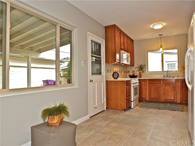 5960 E Los Arcos St, Long Beach, CA 90815 Photo 37