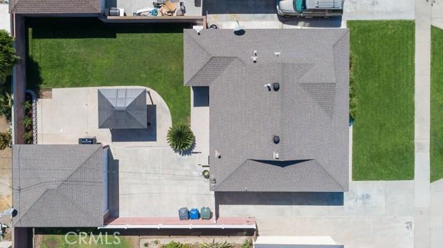 4432 Petaluma Avenue, Lakewood CA: http://media.crmls.org/medias/97d9e707-159b-4227-871b-b580783412fc.jpg