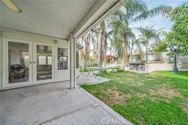 725 S Lassen Avenue, San Bernardino CA: http://media.crmls.org/medias/97e24c3a-faed-44bb-b721-9a0bc7f8f99d.jpg