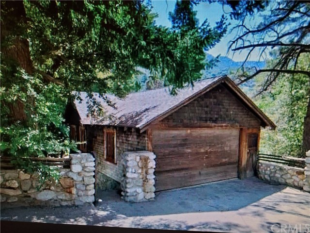 Detail Gallery Image 1 of 45 For 26 Mt Baldy Rd, Mt Baldy,  CA 91759 - 2 Beds | 2 Baths