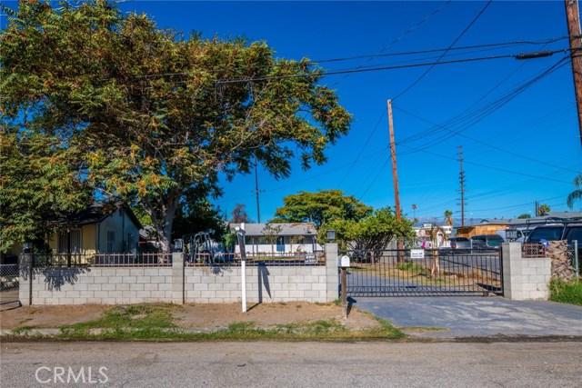 1178 Barton Street, San Bernardino CA: http://media.crmls.org/medias/980c6f0f-a659-431e-9cf6-c6e7ae4acb11.jpg