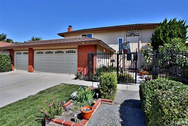 Single Family Home for Sale at 7281 Emerson St Westminster, California 92683 United States