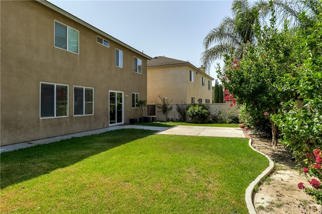 5959 Red Gold Street, Eastvale CA: http://media.crmls.org/medias/98105cd8-7918-4279-a937-55a3a77ef562.jpg