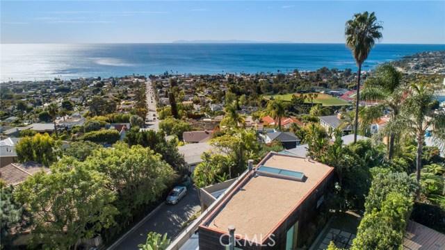 880 Coast View Drive, Laguna Beach CA: http://media.crmls.org/medias/98136fb4-e396-4538-b2a7-f96ff2a6c4b0.jpg