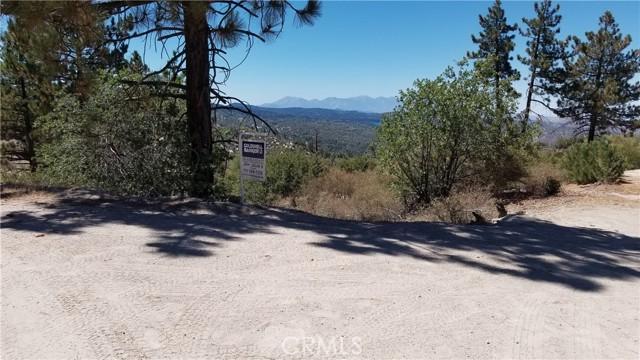 150 Trail End Road, Green Valley Lake CA: http://media.crmls.org/medias/981b79ad-349a-4157-b365-2d991f1885c5.jpg