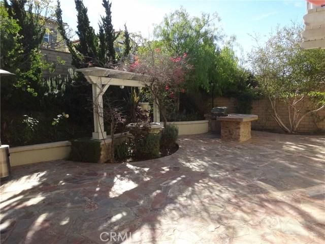 112 Lattice, Irvine CA: http://media.crmls.org/medias/9820605f-0881-4343-9a37-1cc64d2f88a3.jpg