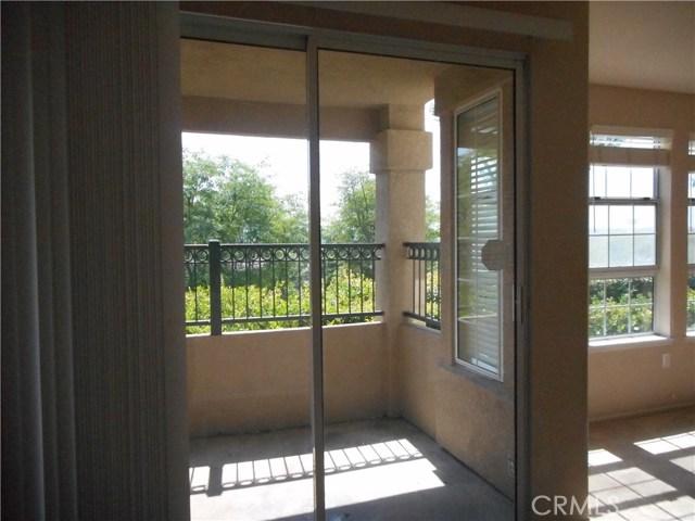16 Sentinel Place, Aliso Viejo CA: http://media.crmls.org/medias/982831f4-217e-49c4-8c90-2e1e7dc06795.jpg