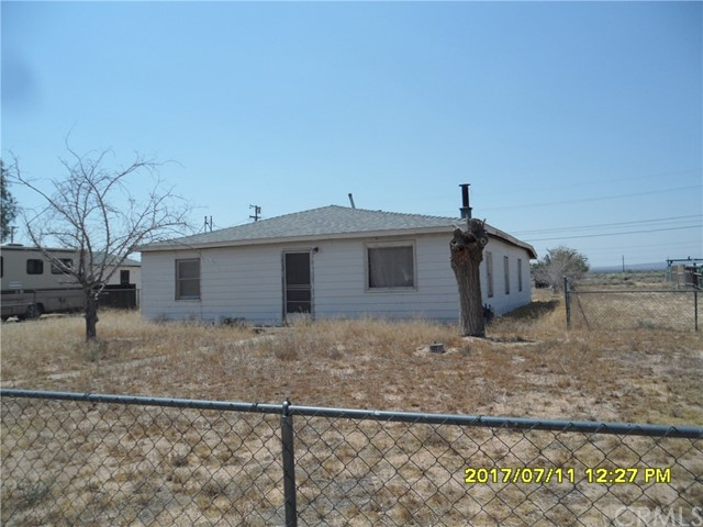 Single Family Home for Sale at 27338 Anderson Street Boron, California 93516 United States