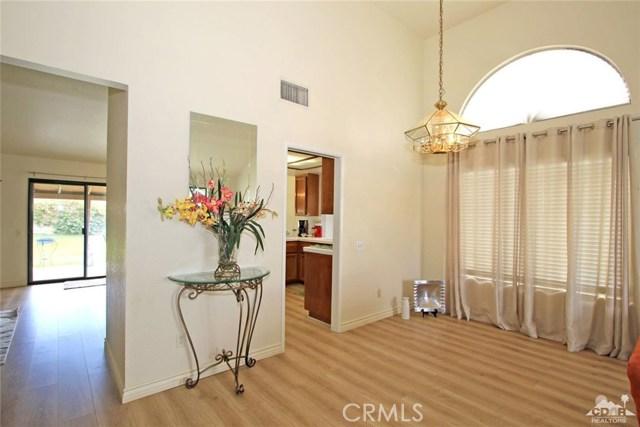 43750 Texas Avenue, Palm Desert CA: http://media.crmls.org/medias/9839ba03-7f2a-4d68-96ff-44a350684fce.jpg