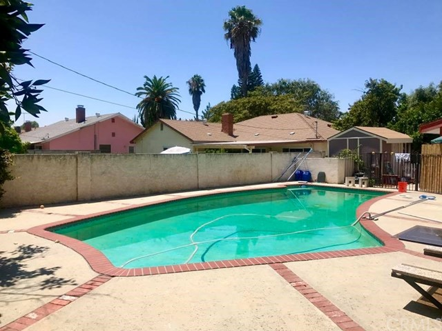 Additional photo for property listing at 18724 Chase Street  Northridge, California 91324 Estados Unidos
