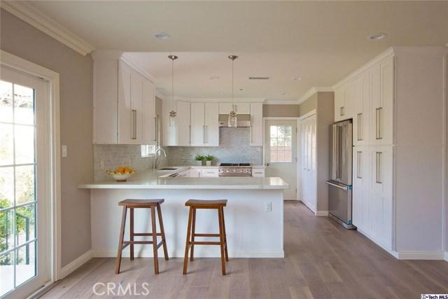Single Family Home for Sale at 4943 Dunsmore Avenue La Crescenta, California 91214 United States