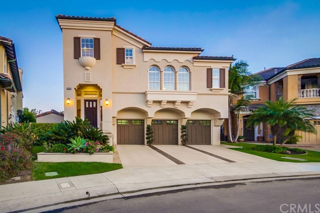 5702 Ocean Vista Drive, Huntington Beach, CA 92648