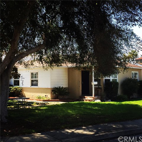 Single Family Home for Sale at 11031 Ticonderoga St Los Alamitos, California 90720 United States