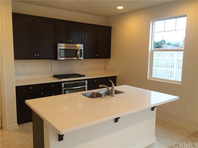 1535 Borden Lane, West Covina CA: http://media.crmls.org/medias/98578498-4951-4450-becd-2df803156662.jpg