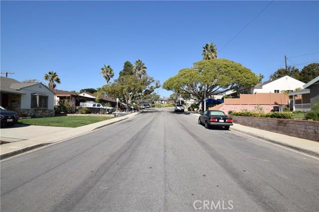 22634 Crosshill Avenue, Torrance CA: http://media.crmls.org/medias/98609dbd-377d-4c31-96f9-ad4e18eaa592.jpg