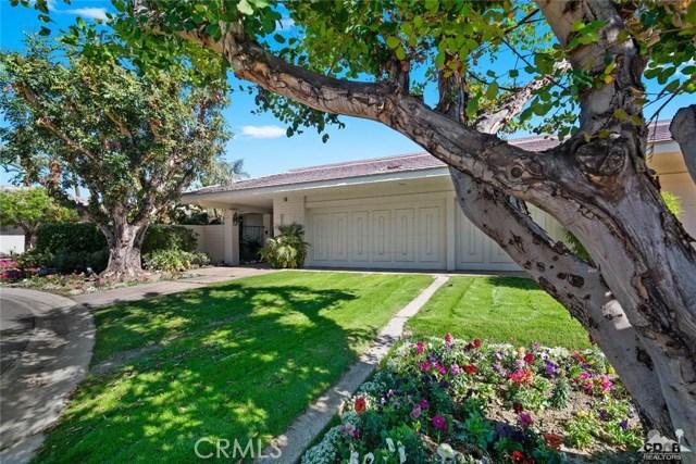 4 Exeter Court, Rancho Mirage CA: http://media.crmls.org/medias/98688964-6b72-4dc7-bc50-a5b670435067.jpg
