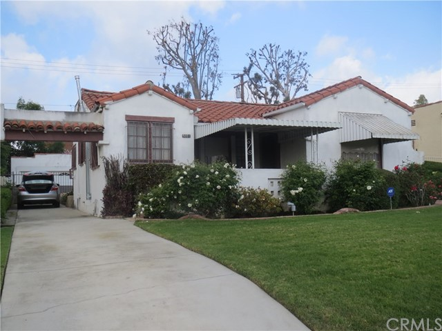 Single Family Home for Sale at 5331 Keniston Avenue Windsor Hills, California 90043 United States
