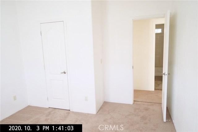 3050 W Ball Road, Anaheim CA: http://media.crmls.org/medias/988d0a03-3c5b-4b1e-ad54-8baed360a080.jpg