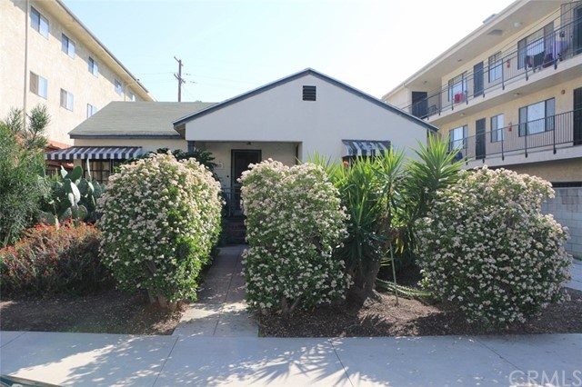 Duplex for Sale at 1300 Stanley Avenue 1300 Stanley Avenue Glendale, California 91206 United States