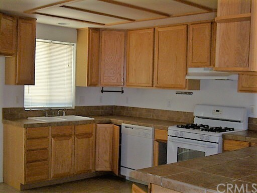 7410 Sherman Hoyt Avenue 29 Palms, CA 92277 - MLS #: JT18116942
