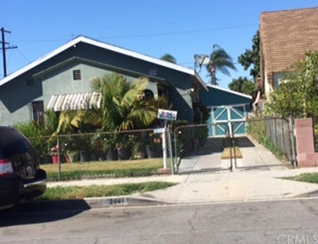 Single Family Home for Sale at 2447 Cudahy Street Walnut Park, California 90255 United States