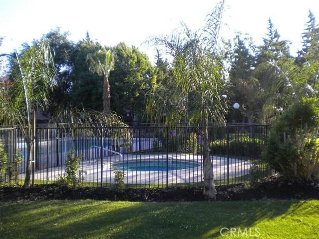 1151 S Chestnut Avenue, Fresno CA: http://media.crmls.org/medias/98bb4314-7e3a-4f39-8c15-23590b1002fd.jpg