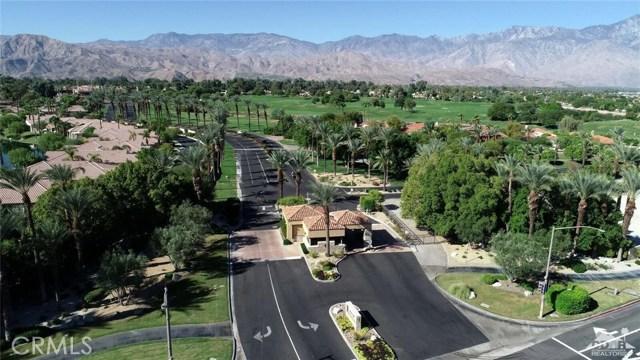 104 Loch Lomond Road, Rancho Mirage CA: http://media.crmls.org/medias/98c15857-68fa-4e3f-a40f-65f7e11fcd51.jpg