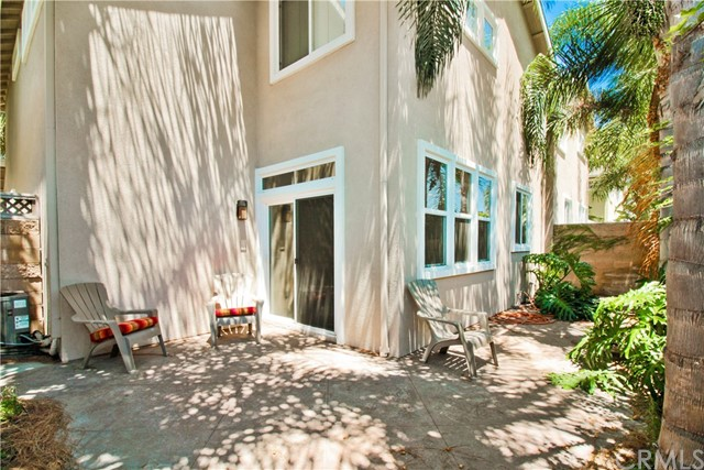 19058 Delaware Street , CA 92648 is listed for sale as MLS Listing OC18178961